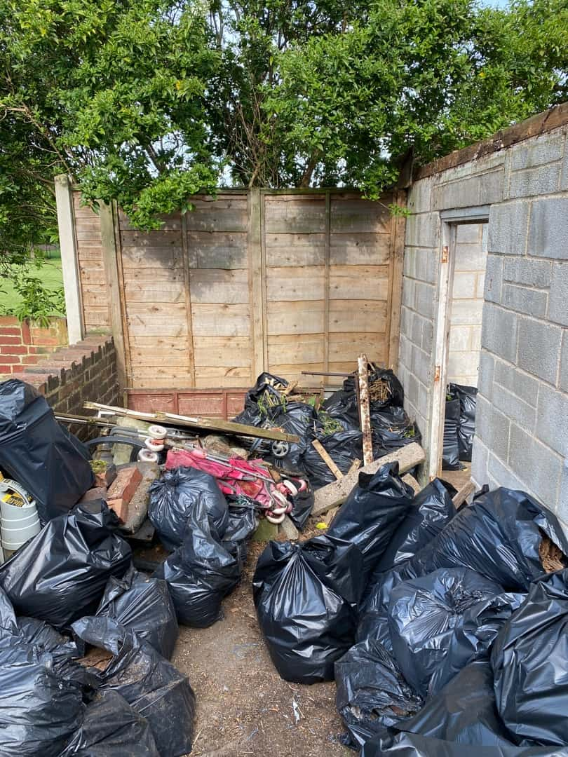 rubbish-collection-Doncaster-black-bags